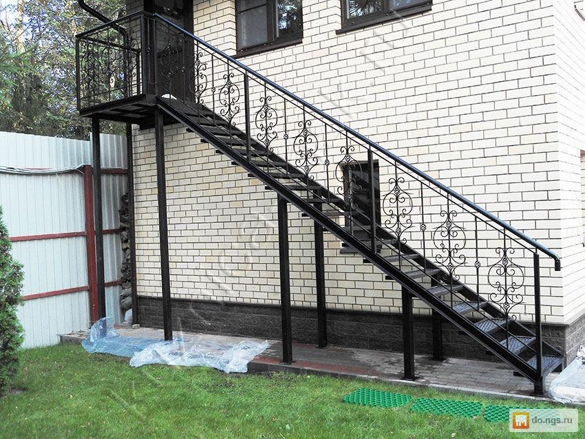 Продажа комплектующих для лестниц: ограждения, балясины