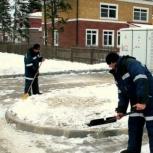 Уборка снега (вручную). Быстро! Недорого!, Барнаул